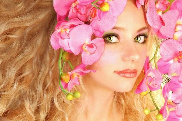 Flower headpiece, flower dress, flower wardrobe, flower, flowers, photo, photoshoot, chicago, amie hana, jennifer lynn, wardrobe stylist, hair stylist, designer, wardrobe designer, fashion designer, bridal, wedding, fierce, pink, white, red, real flower, fresh flower, fresh flowers, real flowers, flower hair